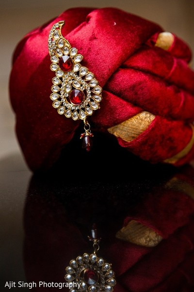 pagri,pagri for indian groom,pagri for groom,pagri for indian bride groom,pagris,groom accessories,indian groom accessories,indian bridegroom accessories,accessories for indian groom,accessories for indian bridegroom,accessories for groom