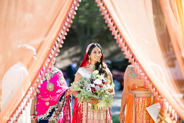 Ceremony in Malibu, CA Indian Wedding by Max & Friends Photography