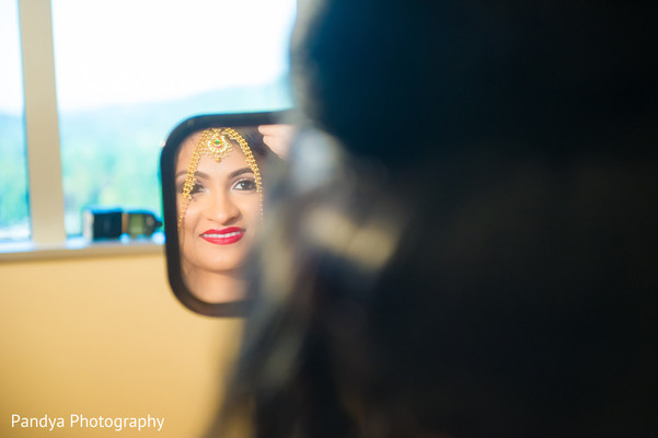 Getting Ready in New York, NY Indian Wedding by Pandya Photography