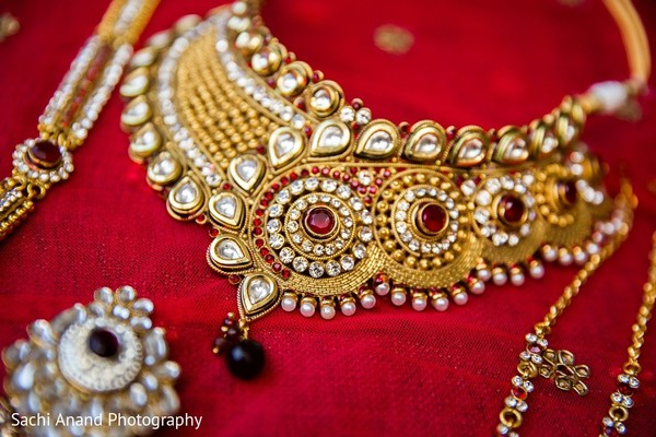 Bridal Jewelry in Somerset, NJ  Indian Wedding by Sachi Anand Photography