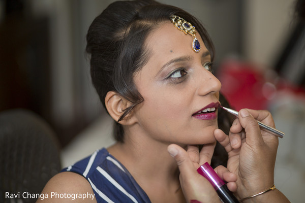 bride getting ready,indian bride getting ready,getting ready images,getting ready photography,getting ready,pre-wedding indian bride makeup,indian pre-wedding makeup,indian bridal makeup,indian makeup,bridal makeup indian bride,bridal makeup for indian bride,indian bridal hair and makeup,indian bridal hair makeup,makeup for indian bride,makeup,pre-wedding makeup,pre-wedding hair and makeup