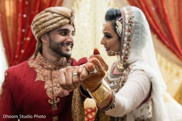 indian wedding portraits,indian wedding portrait,portraits of indian wedding,portraits of indian bride and groom,indian wedding portrait ideas,indian wedding photography,indian wedding photos,photos of bride and groom,indian bride and groom photography,pakistani wedding