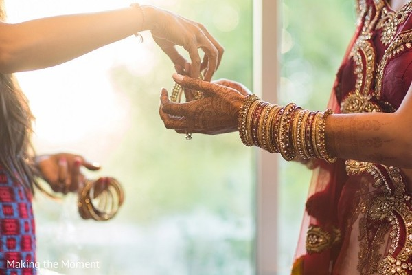 Getting Ready in Grand Rapids, MI Indian Wedding by Making the Moment