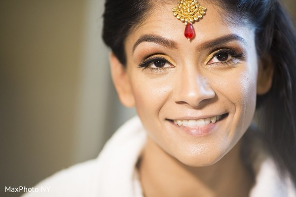 Getting Ready in Princeton, NJ Indian Wedding by MaxPhoto NY