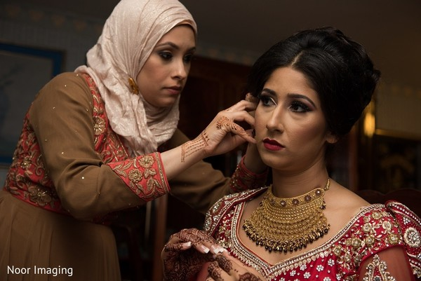 Getting Ready in Bethpage, NY South Asian Wedding by Noor Imaging