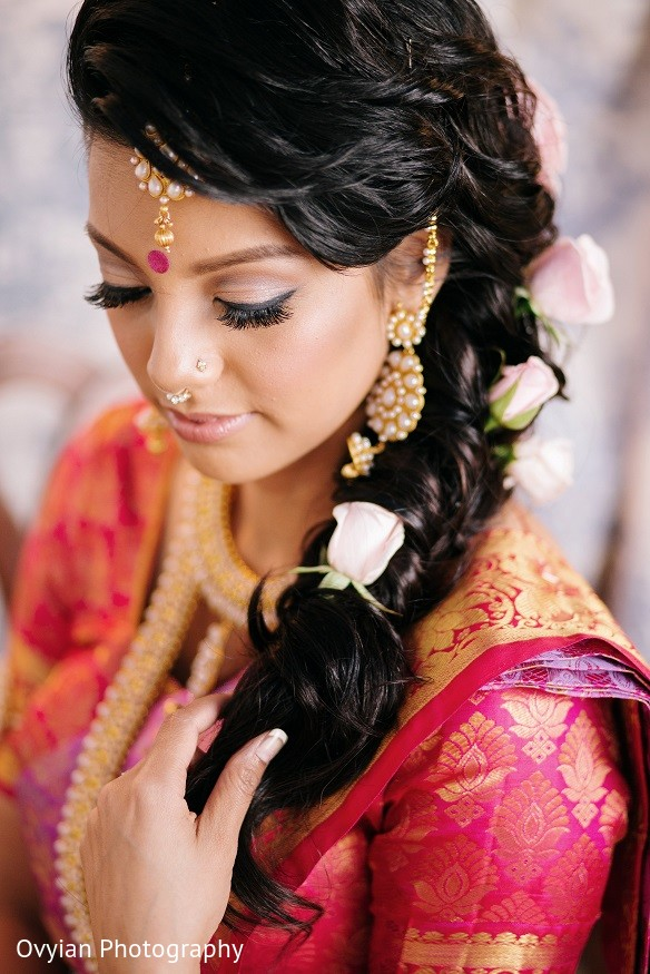 South Indian Bridal Hairstyle In Toronto Canada Fusion Wedding By Ovyian Photography