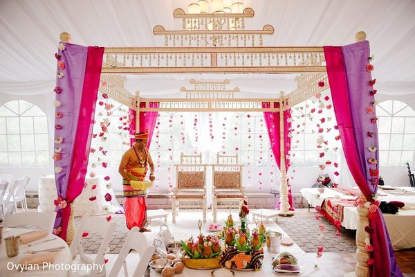 Mandap in toronto canada south indian fusion wedding by ovyian mandap in toronto canada south indian fusion wedding by ovyian photography junglespirit Gallery