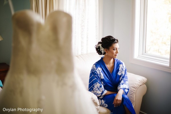 Getting Ready in Toronto, Canada South Indian Fusion Wedding by Ovyian Photography