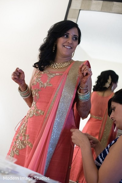 Getting Ready in Lincolnshire, IL Indian Wedding by Modern Image Studios