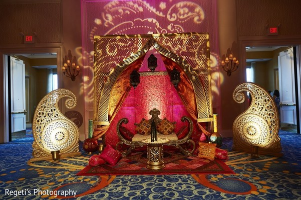 indian wedding decorations ideas norfolk va hindu fusion wedding by regeti s photography 5093