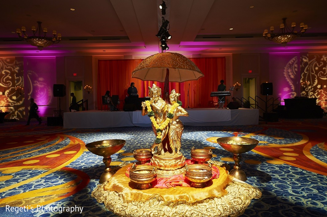 Norfolk va hindu fusion wedding by regetis photography indian wedding decorationsindian wedding decorindian wedding decorationindian wedding decorators junglespirit Choice Image