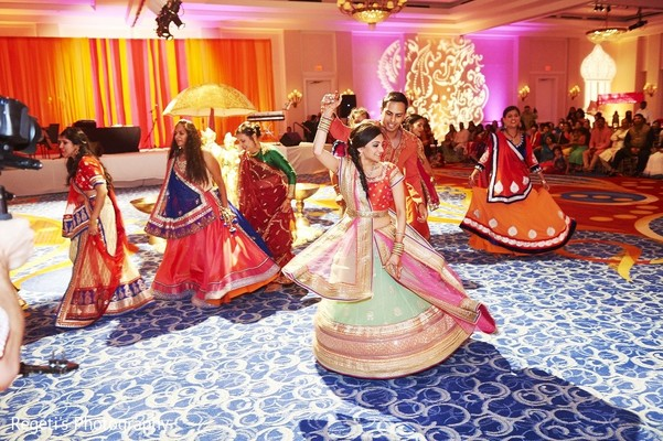 dandiya raas,dandiya,garba,garba night,raas,garba dance,wedding garba,garba for wedding,garba at indian wedding,garba at wedding