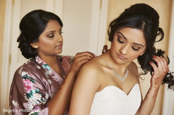 Getting Ready in Norfolk, VA Hindu Fusion Wedding by Regeti's Photography