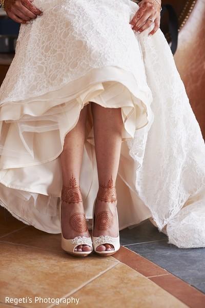 bridal mehndi,bridal henna,henna,mehndi,mehndi for indian bride,henna for indian bride,mehndi artist,henna artist,mehndi designs,henna designs,mehndi design,bridal mehndi for feet,mehndi on feet,mehndi designs for feet