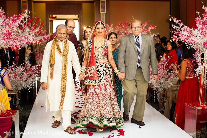 Ceremony in itasca il indian wedding by high dynamic for Indian jewelry in schaumburg il