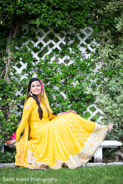 Mehndi Night Portrait in Uniondale, NY Pakistani Wedding by Sachi Anand Photography
