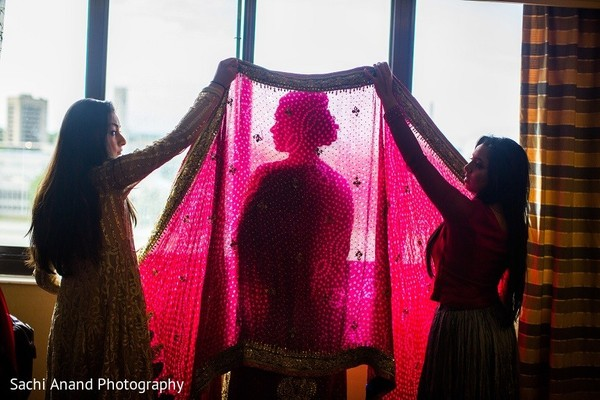 Getting Ready in Uniondale, NY Pakistani Wedding by Sachi Anand Photography