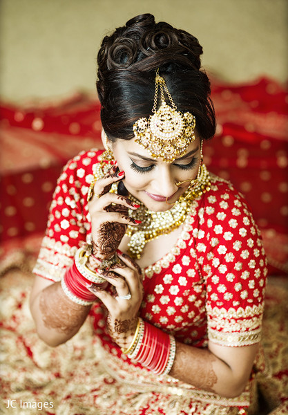 Indian bridal portrait in Vancouver, BC Sikh Wedding by JC Images