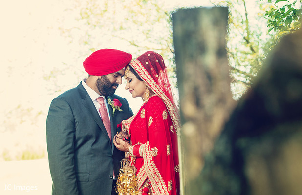 Indian wedding portrait in Vancouver, BC Sikh Wedding by JC Images