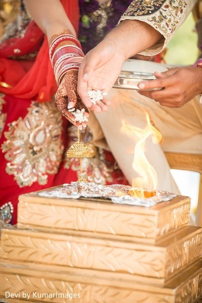 Indian wedding ceremony in Ontario, Canada Hindu-Sikh Fusion Wedding by Devi by KumarImages