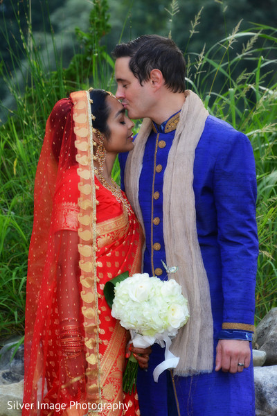 indian wedding portraits,indian wedding portrait,portraits of indian wedding,portraits of indian bride and groom,indian wedding portrait ideas,indian wedding photography,indian wedding photos,photos of bride and groom,indian bride and groom photography,dupatta