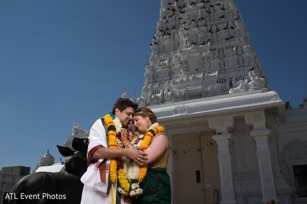 indian wedding portraits,indian wedding portrait,portraits of indian wedding,portraits of indian bride and groom,indian wedding portrait ideas,indian wedding photography,indian wedding photos,photos of bride and groom,indian bride and groom photography,bridal sari,wedding sari,bridal saree,wedding saree,sari,saree