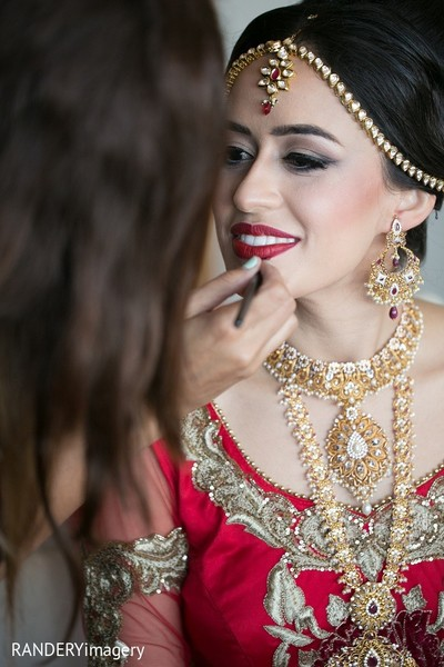Getting Ready in Long Beach, CA Indian Wedding by RANDERYimagery