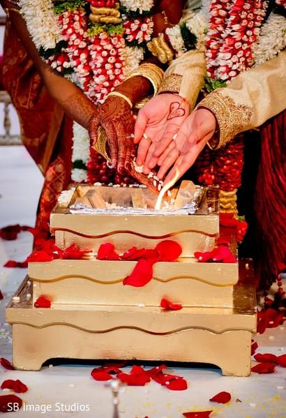 traditional indian wedding,indian wedding traditions,indian wedding traditions and customs,traditional hindu wedding,indian wedding tradition,traditional indian ceremony,traditional hindu ceremony,hindu wedding ceremony traditional indian wedding,hindu wedding ceremony,traditional south indian ceremony,south indian wedding ceremony,south indian wedding,south indian ceremony