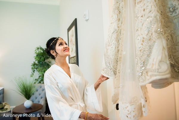Getting Ready in Dallas, TX Indian Wedding by Aaroneye Photo & Video