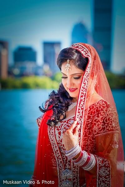 portrait of indian bride,indian bridal portraits,indian bridal portrait,indian bridal fashions,indian bride,indian bride photography,indian bride photo shoot,photos of indian bride,portraits of indian bride,dupatta