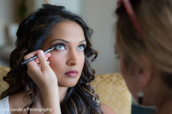 Getting Ready in Columbus, OH Indian Wedding by Jim Sanders Photography