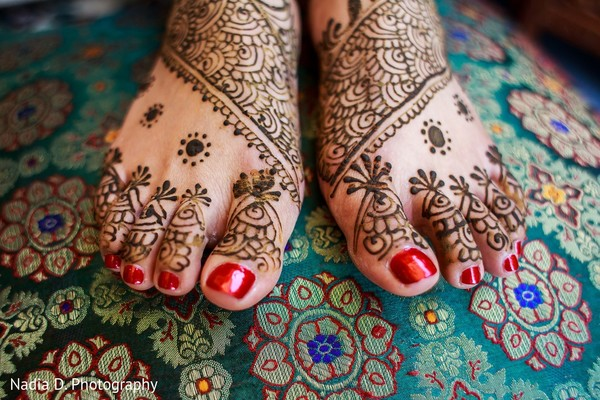 bridal mehndi,bridal henna,henna,mehndi,mehndi for indian bride,henna for indian bride,mehndi artist,henna artist,mehndi designs,henna designs,mehndi design,bridal mehndi for feet,mehndi on feet,mehndi designs for feet