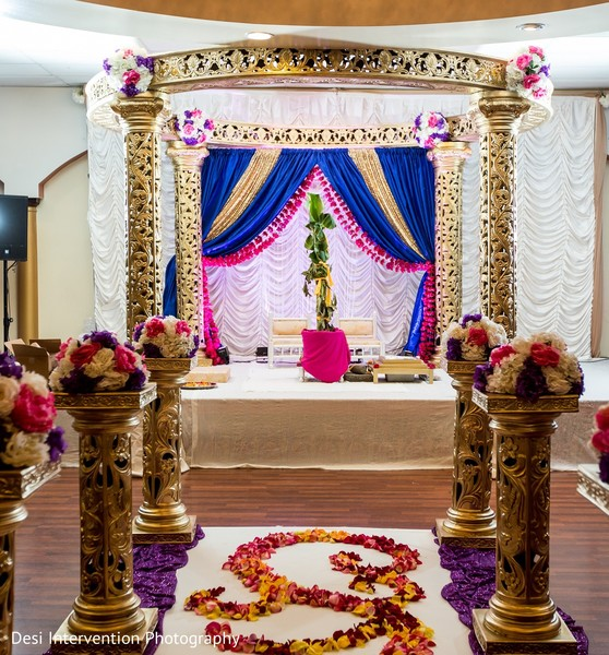 Mandap in Sacramento, CA Indian Wedding by Desi Intervention Photography