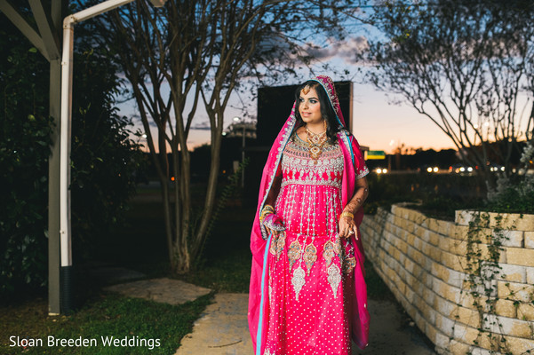 Lengha in Austin, TX South Asian Wedding by Sloan Breeden Photography