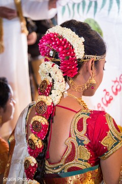 Swell Inspiration Photo Gallery Indian Weddings South Indian Bride Short Hairstyles Gunalazisus