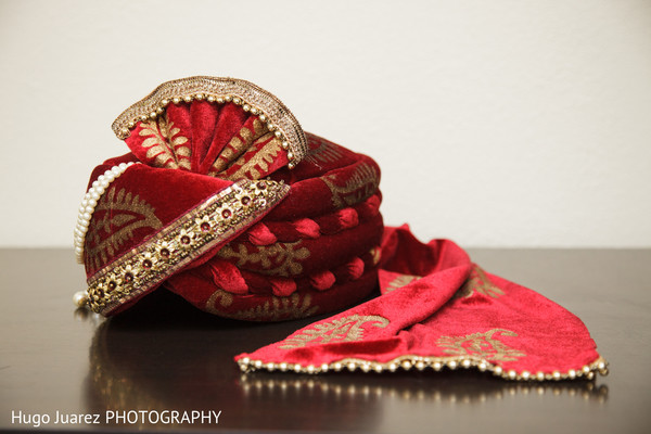 Pagri in Brockport, NY South Asian Wedding by Hugo Juarez Photography