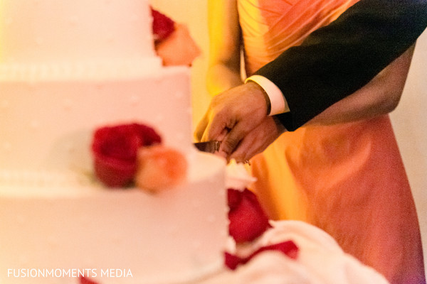 Cake cutting in Mountain View, CA South Asian Wedding by Fusion Moments Media