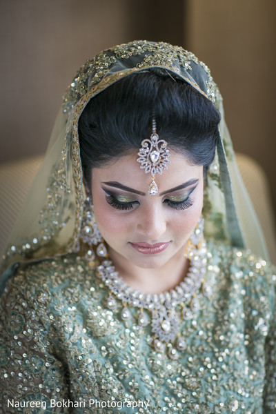 Reception hair and makeup in Herndon, VA Indian Wedding by Naureen Bokhari Photography