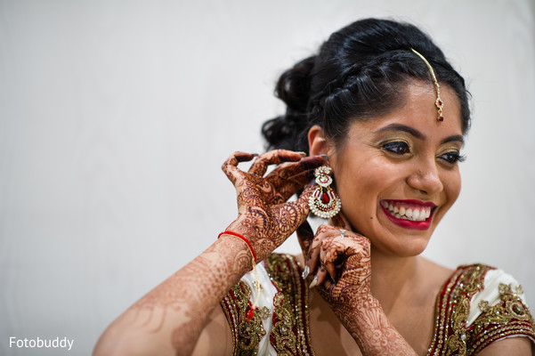 Bride getting ready in Monmouth Junction, NJ South Asian Wedding by Fotobuddy Photography