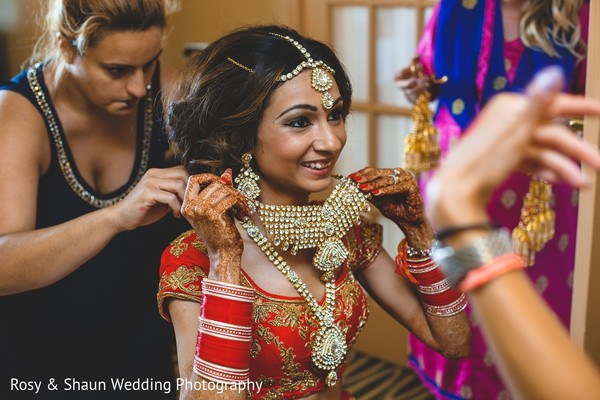 Getting Ready in Detroit, MI Indian Fusion Wedding by Rosy & Shaun Wedding Photographers