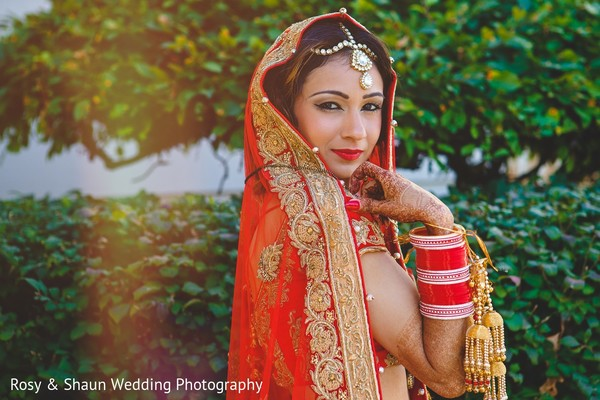 portrait of indian bride,indian bridal portraits,indian bridal portrait,indian bridal fashions,indian bride,indian bride photography,indian bride photo shoot,photos of indian bride,portraits of indian bride,dupatta