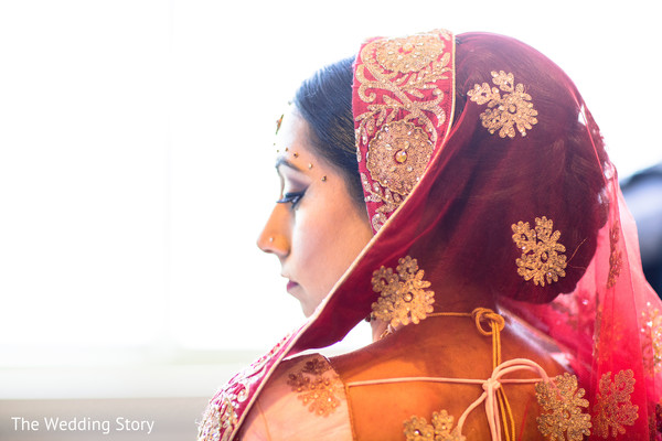 Dupatta in Cambridge, MA Indian Wedding by The Wedding Story