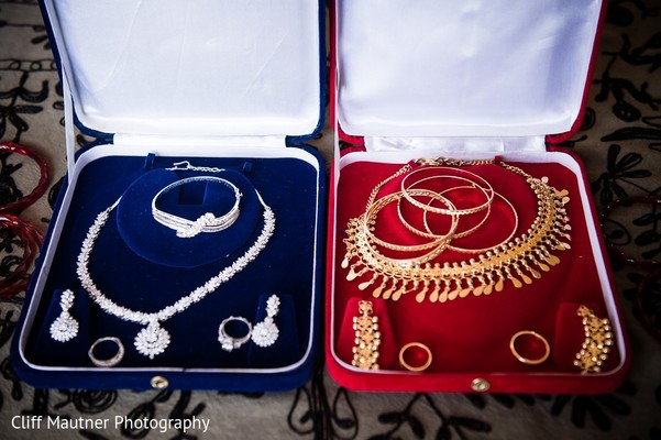 Bridal Jewelry in Hamilton Township, NJ South Indian Fusion Wedding by Cliff Mautner Photography