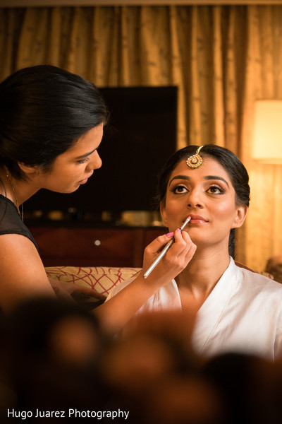 Getting Ready in Park Ridge, NJ Indian Wedding by Hugo Juarez Photography