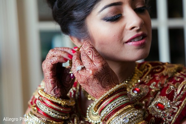 Getting Ready in Boston, MA Indian Wedding by Allegro Photography
