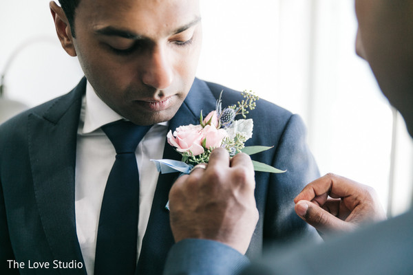 Getting Ready in Toronto, Ontario Indian Wedding by The Love Studio