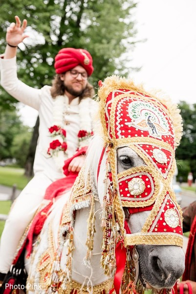 fusion wedding,indian fusion wedding,baraat,groom baraat,indian groom,indian groom baraat,baraat procession,baraat ceremony,indian bridegroom