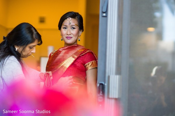 bride getting ready,indian bride getting ready,getting ready images,getting ready photography,getting ready,fusion wedding,indian fusion wedding,south indian fusion wedding