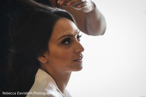 Getting Ready in Cayman Islands Indian Destination Wedding by Rebecca Davidson Photography