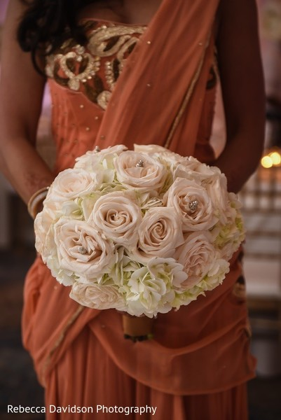 bridal bouquet,indian bridal bouquet,indian bouquet,indian wedding bouquet,wedding bouquet,bouquet for indian bride,bouquet